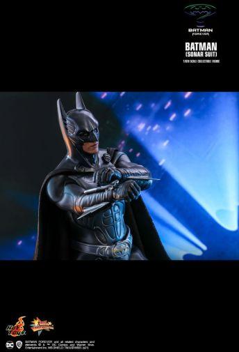 Hot Toys - Batman Forever - Sonar Suit Batman - 14
