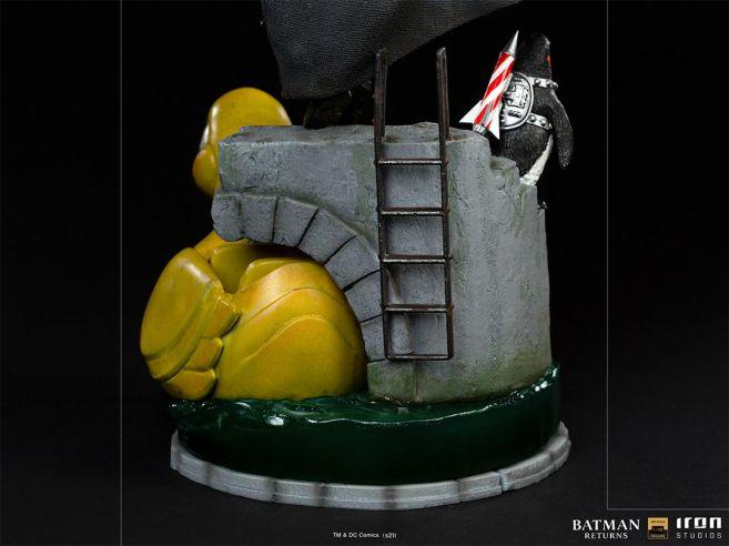 Iron Studios - Batman Returns - Penguin - 07