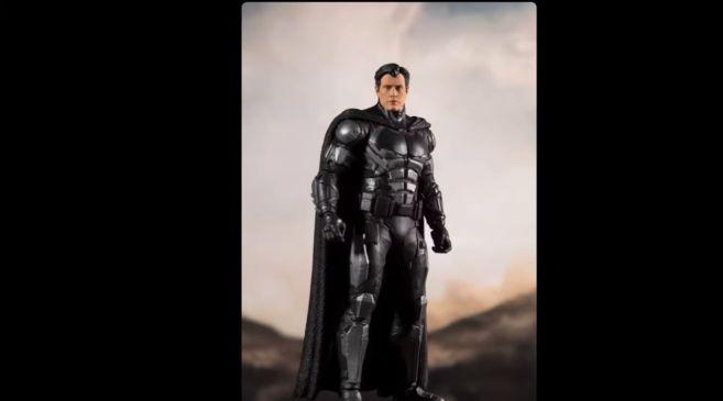 McFarlane Toys - Zack Snyders Justice League -Batman - Unmasked - 01