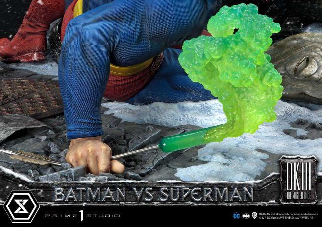 Prime 1 Studio - Batman - The Dark Knight Returns - Batman vs Joker - 110