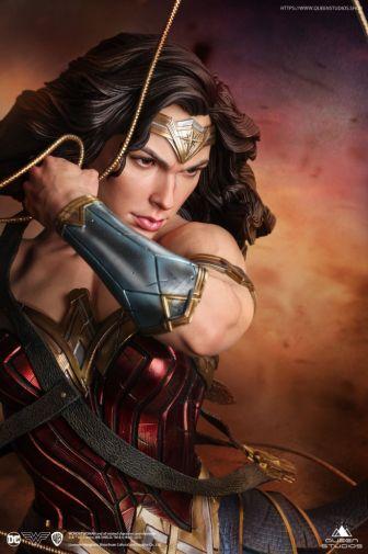 Queen Studios - Wonder Woman - 03