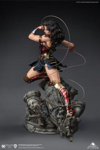 Queen Studios - Wonder Woman - 13