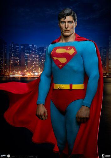 Sideshow - DC - Superman 1978 Premium Format Figure - 02