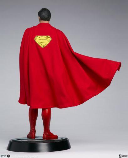 Sideshow - DC - Superman 1978 Premium Format Figure - 09