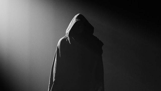 Black Adam - Costume - Tease - Featured - 01