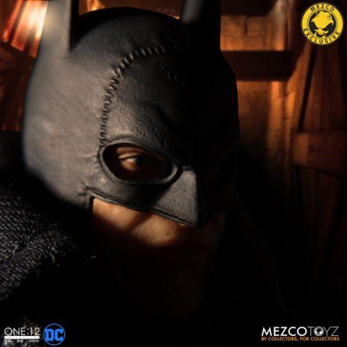 Mezco Toyz - Batman - Gotham by Gaslight - 09