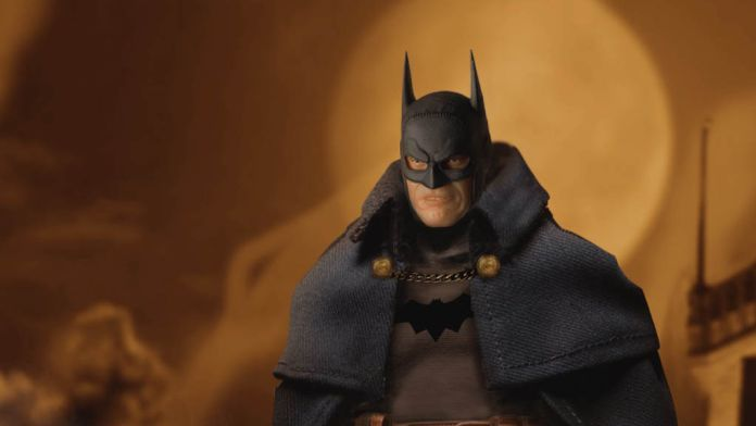Mezco Toyz - Batman - Gotham by Gaslight - Featured - 01