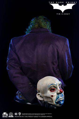 Infinity Studio - The Dark Knight - Joker - 13