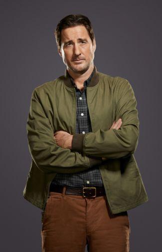 Stargirl - Season 2 - Gallery - Luke Wilson as Pat Dugan - 01