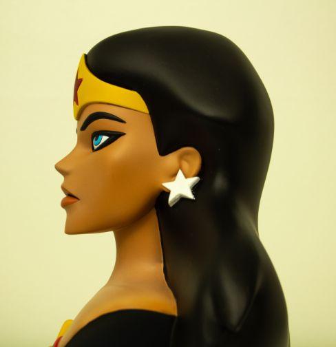 Wonder-Woman-Bust-Diamond-Select-1