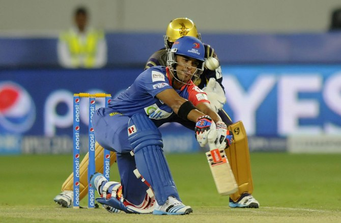 Duminy smashed three sixes during his match-winning knock of 52