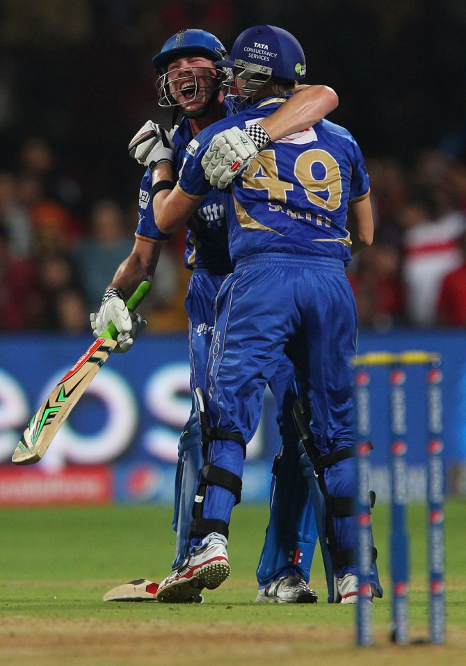 Faulkner and Smith celebrate after leading Rajasthan to a come-from-behind victory