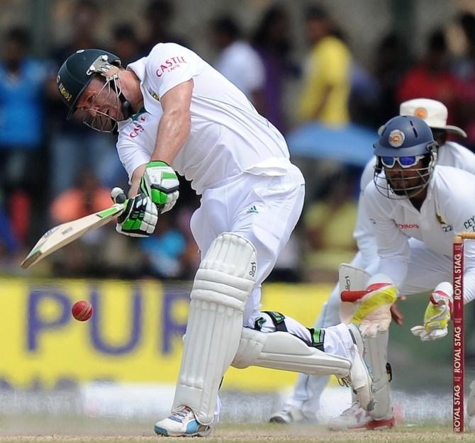 De Villiers struck six boundaries during his innings of 51