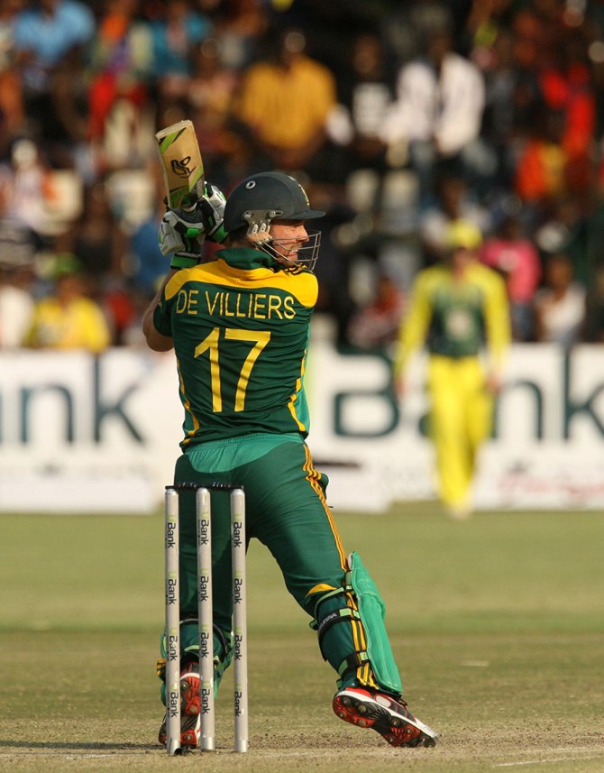 De Villiers hammered six boundaries and two sixes during his knock of 57