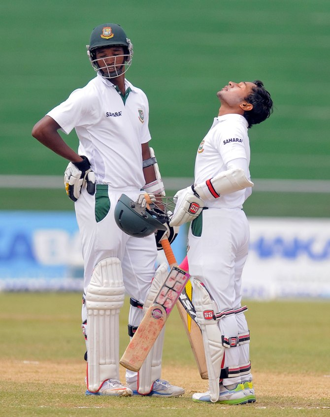 Rahim looks up to the heavens after scoring his third Test century