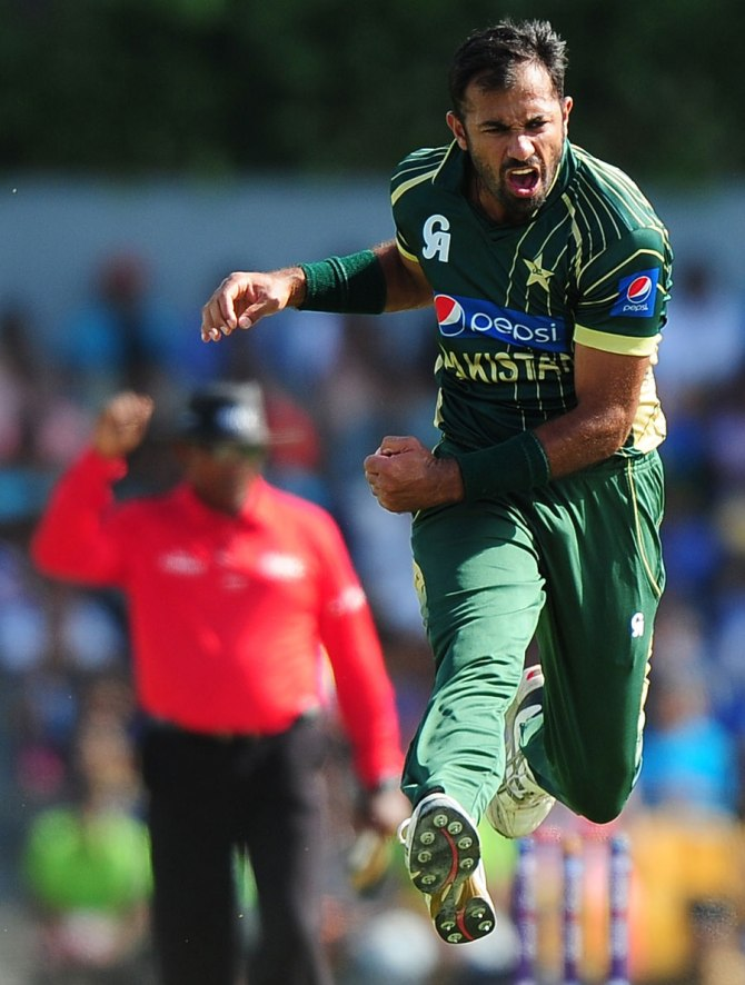 """""""Riaz has been advised to undergo a two-three week rest/rehab period before considering a return to impact and bowling"""""""