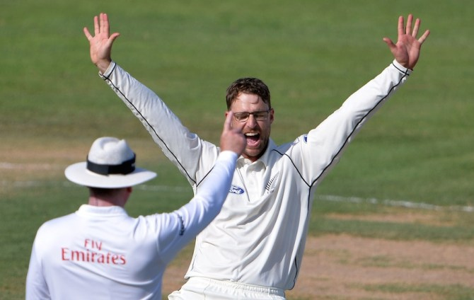 Vettori took the wicket of Khan on his Test comeback
