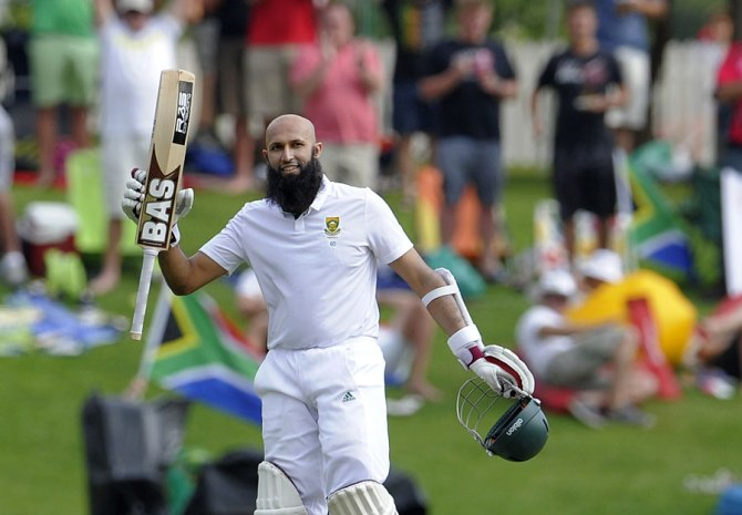 Amla is all smiles after bringing up his 23rd Test century