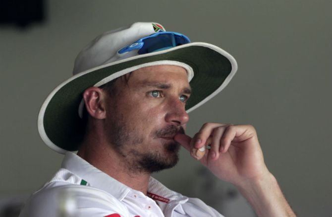 """Steyn """"will be available for selection for the first Test match against England"""""""