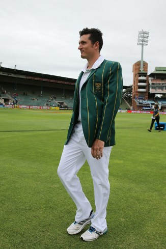 """""""I'm at the cusp of whether I should play international cricket again or not"""""""