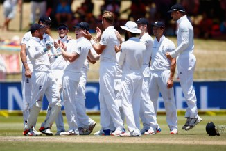 England celebrate after going 1-0 up in the series