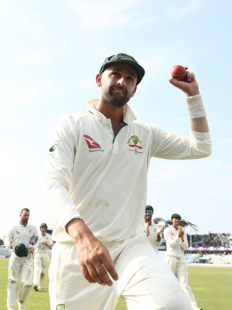 Nathan Lyon Australia Bangladesh cricket
