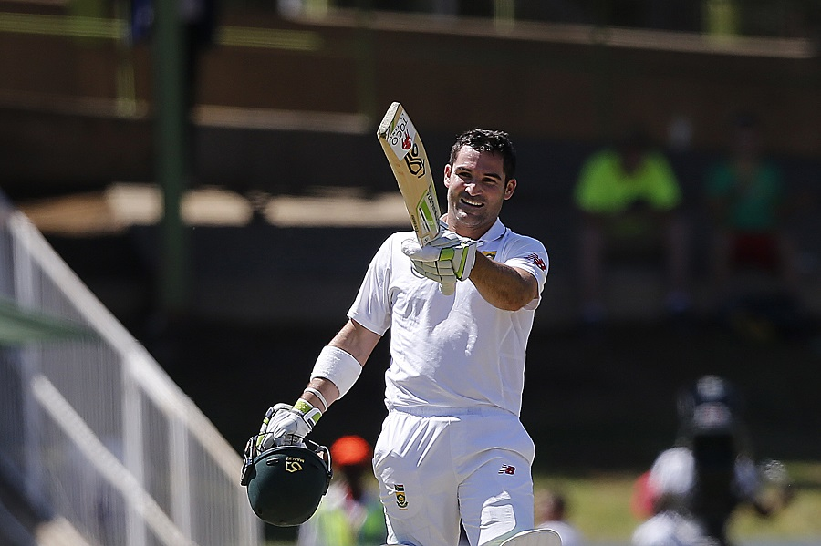 Amla, du Plessis help South Africa put up 573
