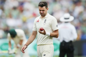 Trevor Bayliss James Anderson ball tampering Australia England Ashes cricket