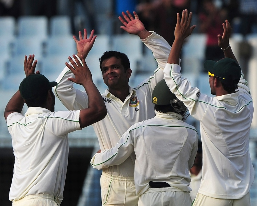 Razzak added to Bangladesh's Test squad