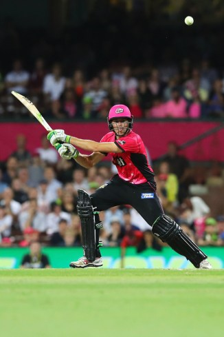 Daniel Hughes 66 Sydney Thunder Sydney Sixers BBL cricket