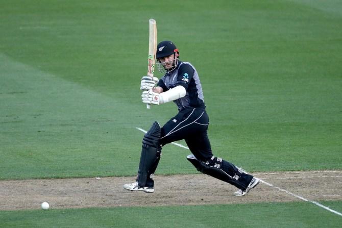 Kane Williamson 72 New Zealand England T20 tri-series Wellington cricket