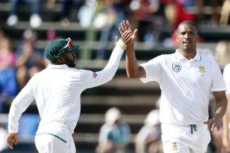 Vernon Philander three wickets South Africa Australia 4th Test Day 2 Johannesburg cricket