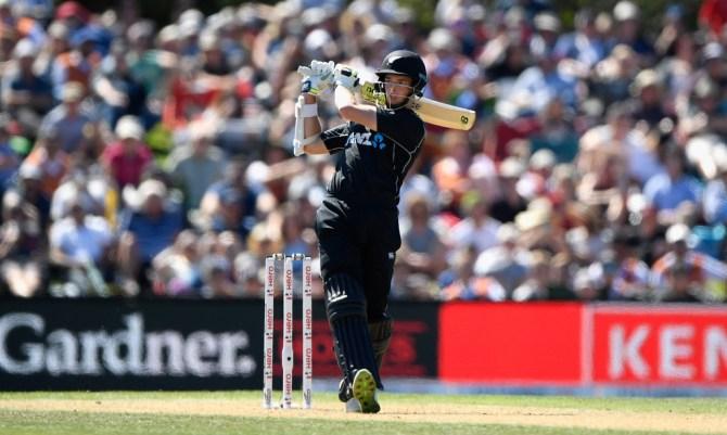 Mitchell Santner 67 New Zealand England 5th ODI Christchurch cricket