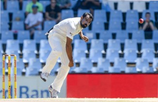 Mohammed Shami traffic accident stitches head India cricket