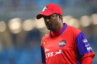 Muttiah Muralitharan Sri Lanka cricket in a mess politicians cricket