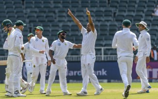 Vernon Philander career-best six wickets South Africa Australia 4th Test Day 5 Johannesburg cricket