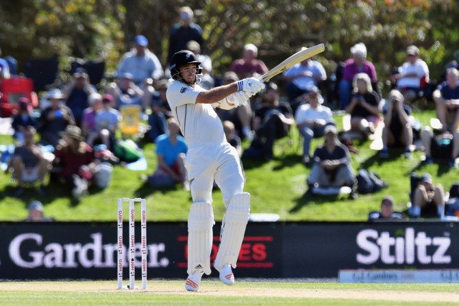 Tim Southee 50 New Zealand England 2nd Test Day 3 Christchurch cricket