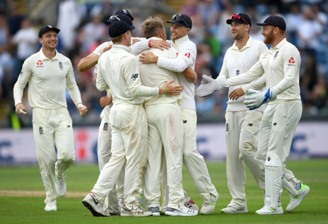England beat Pakistan by an innings and 55 runs England Pakistan 2nd Test Day 3 Headingley cricket