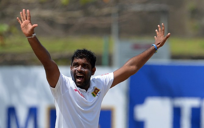 Dilruwan Perera four wickets Sri Lanka South Africa 1st Test Day 2 Galle cricket