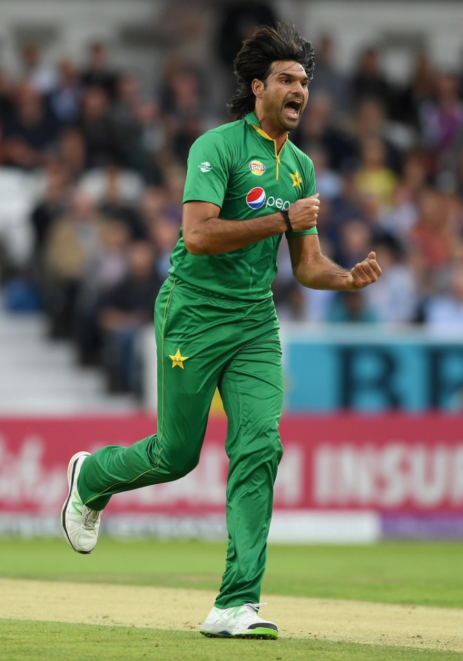 Mohammad Irfan joins Barbados Tridents replace Junaid Khan Caribbean Premier League Pakistan cricket