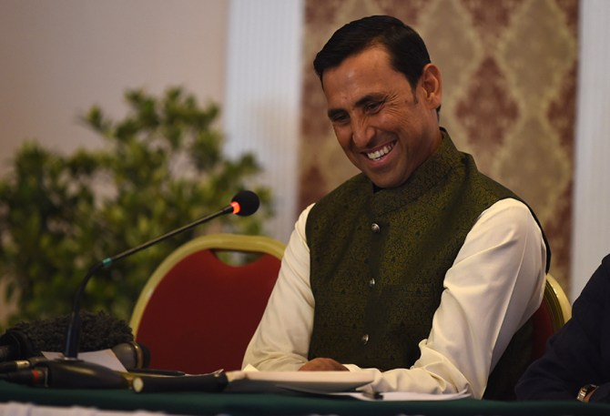Younis Khan unable decide whether India or Pakistan will win Asia Cup cricket