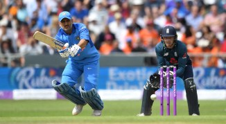 Virender Sehwag MS Dhoni should remain in India's ODI squad until 2019 World Cup cricket