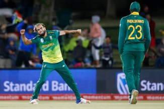 Imran Tahir career-best five wickets South Africa Zimbabwe 1st T20 East London cricket