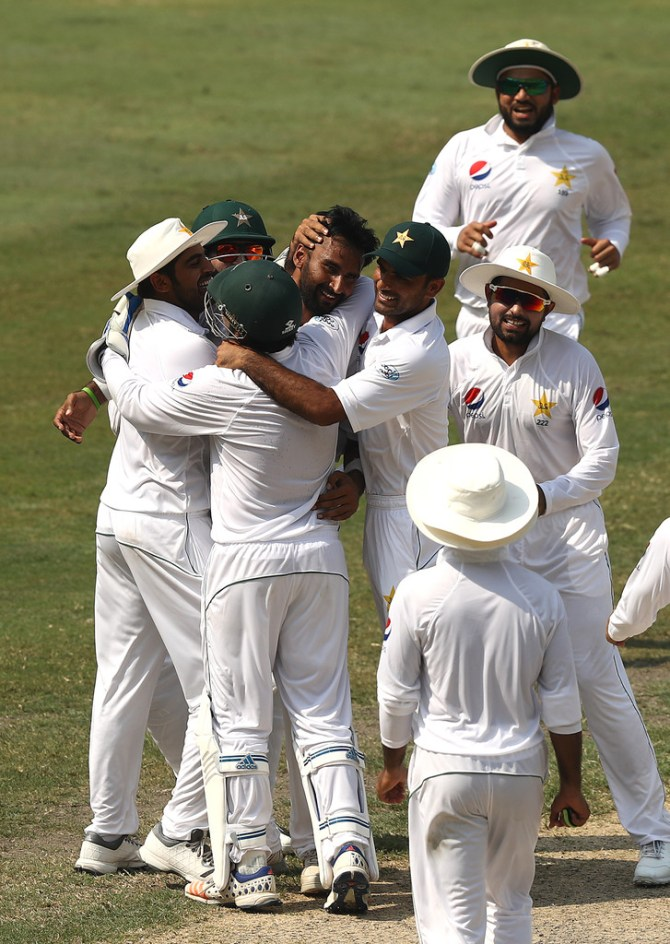 Bilal Asif six wickets Pakistan Australia 1st Test Day 3 Dubai cricket