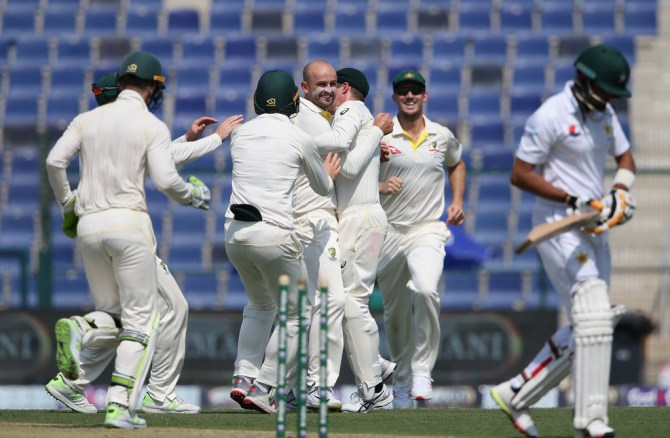 Nathan Lyon four wickets in six balls Pakistan Australia 2nd Test Day 1 Abu Dhabi cricket