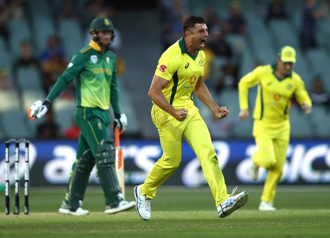 Marcus Stoinis three wickets Australia South Africa 2nd ODI Adelaide cricket