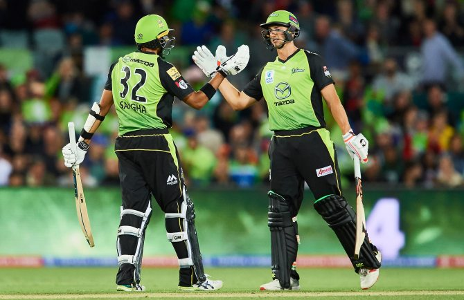 Daniel Sams 34 runs three wickets Jason Sangha 63 not out Big Bash League BBL 3rd Match cricket