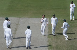 Yasir Shah six wickets Pakistan New Zealand 2nd Test Day 4 Dubai cricket