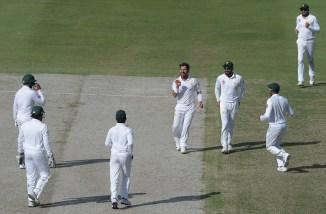 Yasir Shah six wickets Pakistan New Zealand 2nd Test Day 4 Dubai cricket