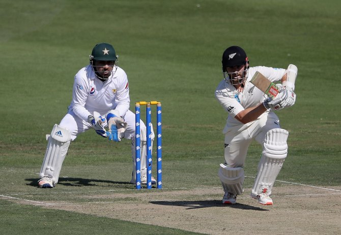 Kane Williamson 89 Pakistan New Zealand 3rd Test Day 1 Abu Dhabi cricket